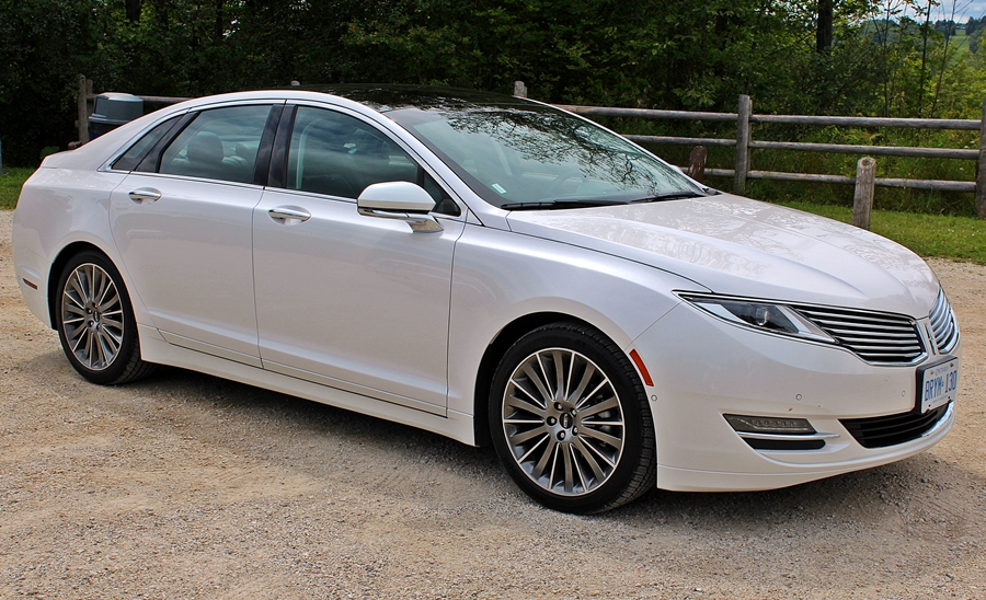 specs and expert photos reviews cars research com lincoln mkz